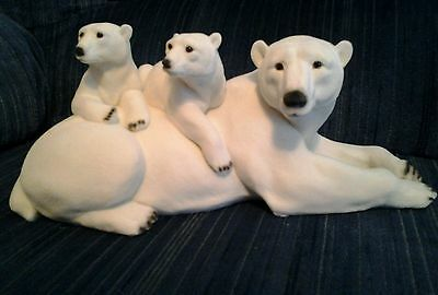 Flocked Polar Bear Family NIB from Seaworld with defects
