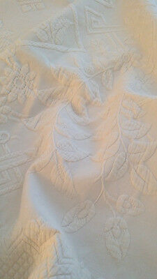 Vintage Antique MARSEILLES White Bedspread FRENCH Matelasse Marcella Coverlet