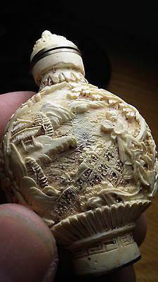 a5 fine carved resin chinese lacquer cinnabar snuff bottle / lady / signed