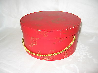 "Vintage 70's Elizabeth Arden Red Door Perfume Red Hat Box Gold Print Design 8"" D"