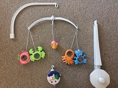 Baby Crib Mobile Wind Up Toy Animals