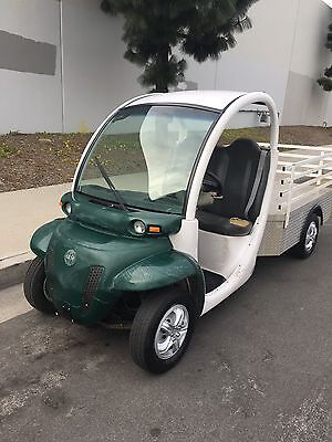 2002 GEM Electric Cart Utility Vehicle Pickup with Charger - Street Legal!