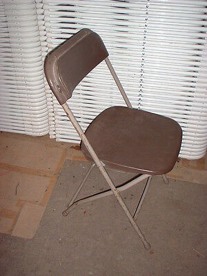 Chairs Folding - Brown - Rental Style - Lot of 50 chairs