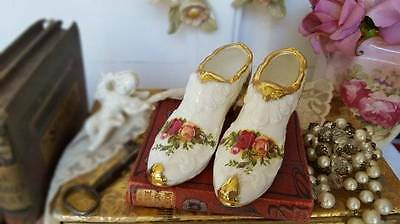 Gorgeous Vintage Royal Albert Old Country Roses Dressing Table Shoes