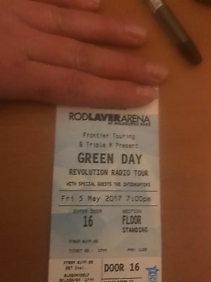 Green Day Melbourne 5th May. Floor Standing