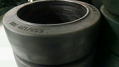 16x6x10.5 Smooth Forklift Tire
