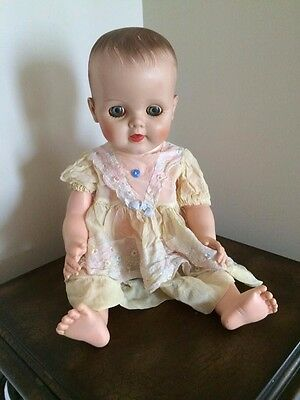 """Vintage 19"""" Hard Plastic Doll, Drinks and Wets, Molded Hair"""
