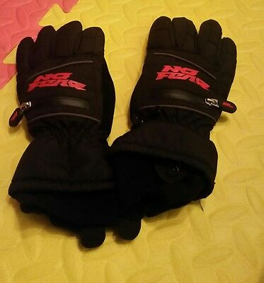 Black and red no fear gloves extra small boys