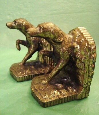 Vintage POINTER HUNTING DOG CAST METAL BOOK ENDS With Rifles 3-D BIRD DOG Xlnt