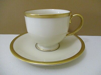 "Lenox Tuxedo Gold Cup & Saucer - 2 3/4"" 0808F"