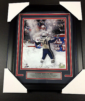 234b1b3a7 Tedy Bruschi Snow Game NEW ENGLAND PATRIOTS 8x10 PHOTO FRAMED With Nameplate