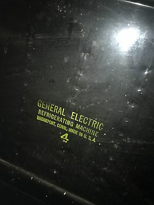 1950 general electric fridge; still run , in great condition. Pictures included