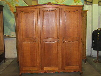 Pretty 3 door carved French oak wardrobe,armoire,w shelves + drawers Louis XV