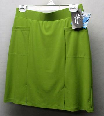 New Ladies Size 4 Dexim Golfwear slip on polyester skorts Made in Canada