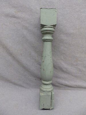 1 Antique Turned Wood Spindle Porch Baluster Thick Old Vtg Architectural 540-17R