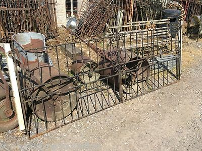 "Reclaimed Old Pair Of 9´2"" Wrought Iron Metal Steel Driveway Gates & Posts"