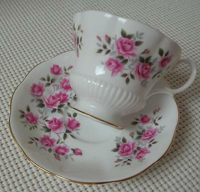 SMALL PINK ROSES Royal Albert China FOOTED TEA CUP & SAUCER Pat. ROA100