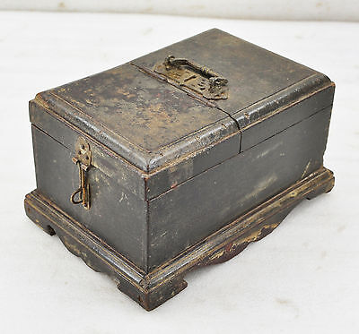 1850s Indian Antique Hand Crafted Wooden Vanity Shaving Box With Mirror