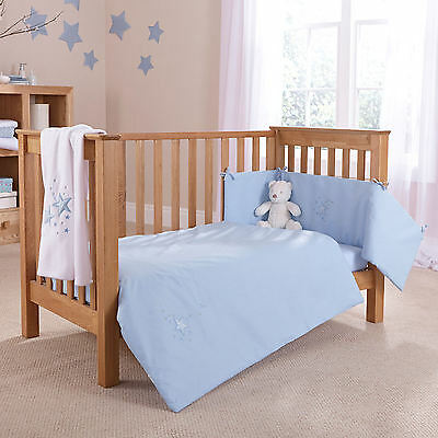 New 4Baby Shooting Star Blue Cot / Cot Bed 2 Piece Quilt & Bumper Bedding Set