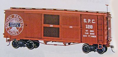 Bachmann Spectrum On30 Scale Ventilated Boxcar - South Pacific Coast