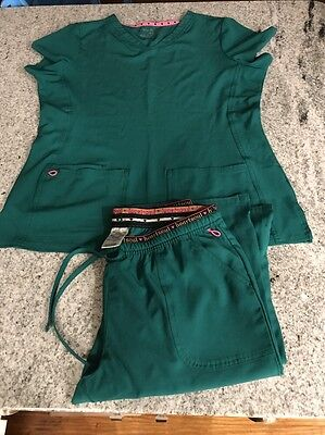 Woman's Heartsoul Scrub Set Medium Pants Large Top. Color Hunter
