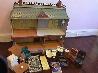Madeline's Old House In Paris Dollhouse & Furniture