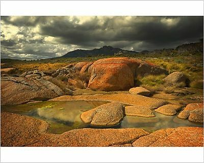 25x20cm Photo-Stormy weather over the landscape, Flinders Island,-12473687-8105