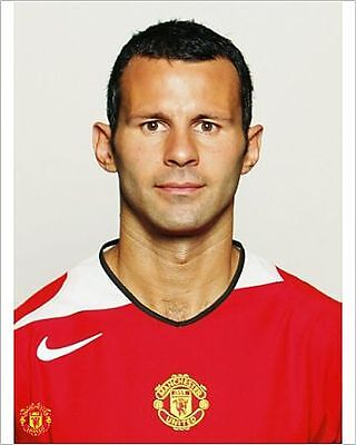 25x20cm Photo-A portrait of Ryan Giggs at the annual club photoca-17943-8105