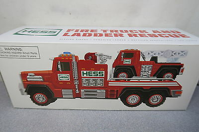 2015 Hess Fire Truck and Ladder Rescue Toy Vehicle With Original Box