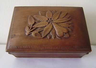 BoxCarved Vintage Trinket Wood Jewelry Wooden Hand Antique Hinged Sewing DomeLid