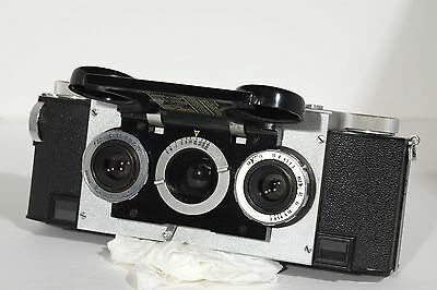 Stereo Realist Camera in Case David White 35mm f2.8 and Kodak Viewer