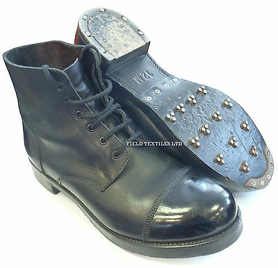British Army - Ammo Parade Black Boots With Studs - Size 12 Medium  - Sn2969