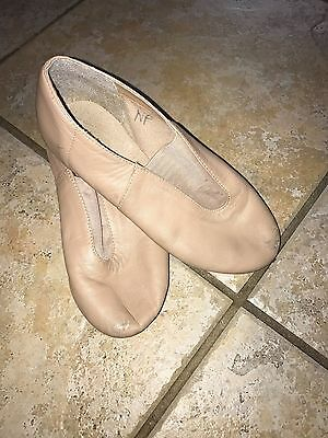 Dancing Fair tan leather jazz  shoes size 5