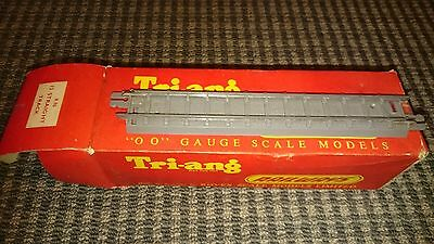 Triang OO R96 Box of straight track (12 in box)