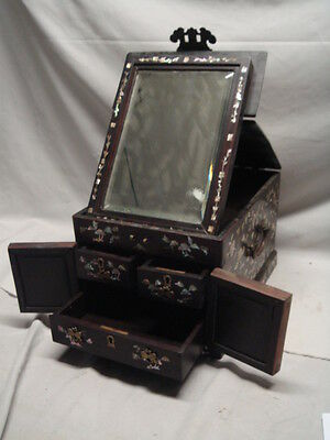 Old Korean MOP Mother of Pearl & Lacquer Traveling Vanity Mirror Jewelry Box
