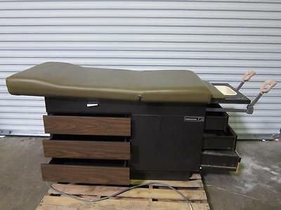 MidMark 104 Medical Exam Table Patient Bed