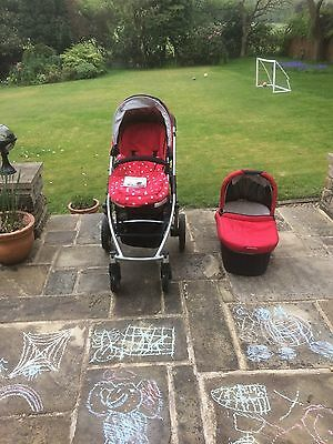 UPPAbaby Vista Pushchair & Carrycot in Denny Red (with buggy board)