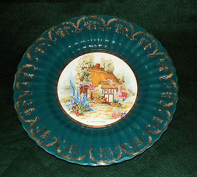 Wade Royal Victoria Wade Royal Victoria Pottery A Somerset Cottage Display Plate