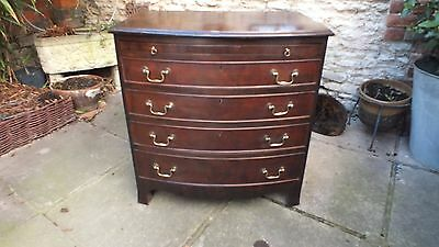 Small Mahogany Geogrgian style chest of Drawers