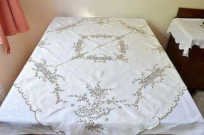 "Beautiful Vintage Madeira Style Hand Embroidered Tablecloth 48"" X 48"""