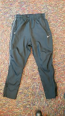 Nike-Youth  Running/Soccer Pants Size S(8)