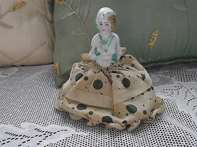 """Antique PORCELAIN HALF DOLL PINCUSHION Cloche' HAT MADE IN Occupied JAPAN 4"""""""