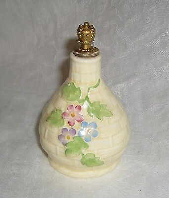 VINTAGE c1939 ENGLISH CROWN DEVON BASKETWEAVE PERFUME BOTTLE W/ CROWN DAUBER