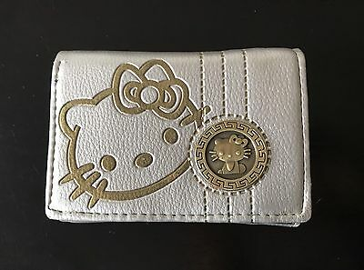 Hello Kitty Silver Wallet  + Free Gift