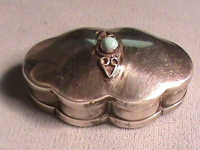 Antique Southwestern  STERLING SILVER SNUFF/PILL BOX WITH TURQUOISE