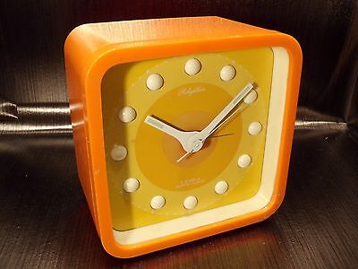 RHYTHM clock alarm orange reveil space age 60's 70's vintage