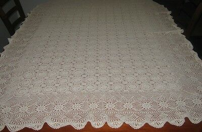Vintage Crocheted Lace Tablecloth ~ Cotton ~ Cream ~ Oblong