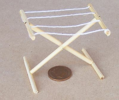 1:12 Scale Folding Wooden Washing Hanger Dolls House Drying Clothes Towel Airer
