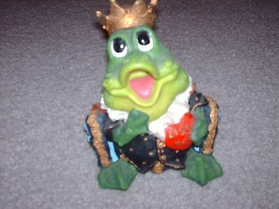 Green King Frog Figurine Statue Animal Decor Ceramic