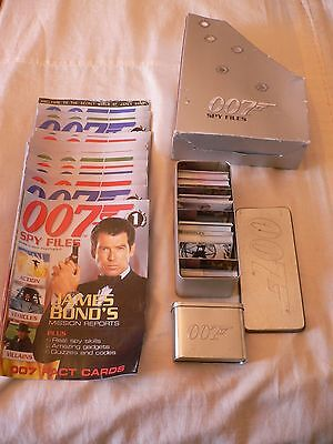 007 spy files and cards Complete 32 Magazines. Almost all cards